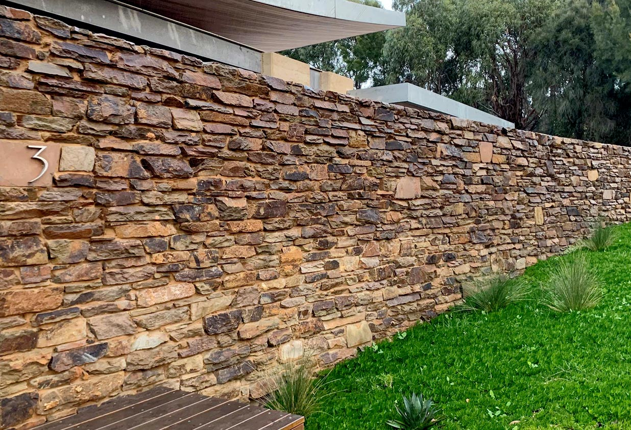 castlemaine stone walls
