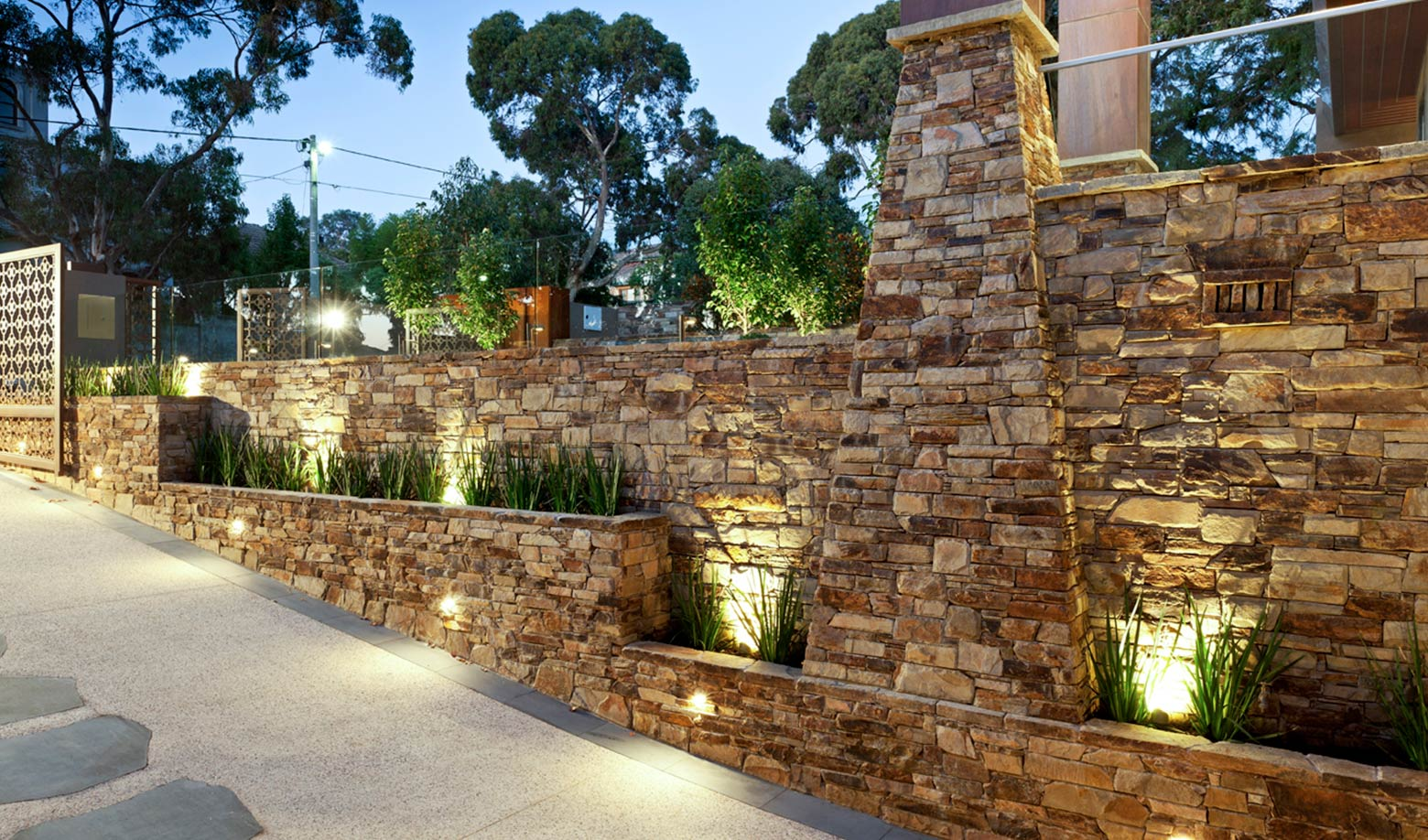 castlemaine stone paving